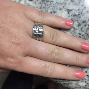 James Avery ring size 7